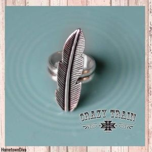 Crazy Train MAVERICK RING ** SILVER FEATHER